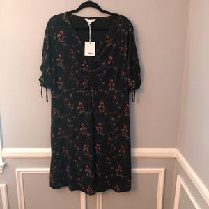 New LC Elbow Sleeve Black Floral Dress